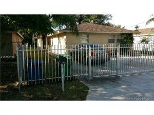 2788 NW 48th St. Miami, Florida - Hometaurus