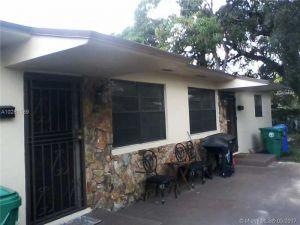 7534 NW 4th Ave. Miami, Florida - Hometaurus