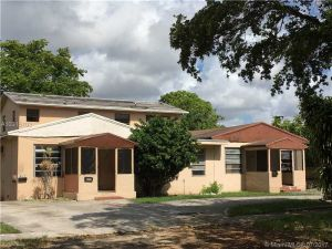 12320 NE 11th Pl. North Miami, Florida - Hometaurus
