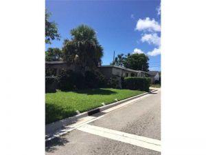 1497 W 34th St. Riviera Beach, Florida - Hometaurus