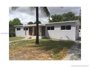 535 NE 133 St. North Miami, Florida - Hometaurus