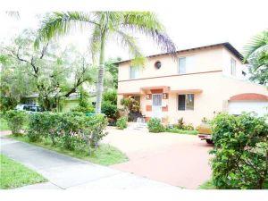 342 SW 29 Rd. Miami, Florida - Hometaurus