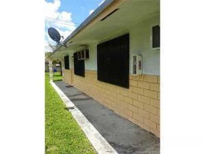 4130 SW 19th St. West Park, Florida - Hometaurus