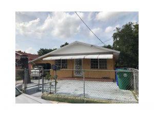 61 NW 52nd St. Miami, Florida - Hometaurus