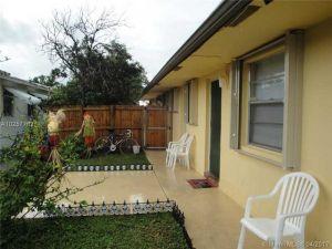 320 SW 13th St. Dania Beach, Florida - Hometaurus