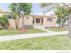 2206 SW 26th Ln. Miami, Florida - Hometaurus