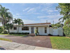 8370 SW 43 St. Miami, Florida - Hometaurus