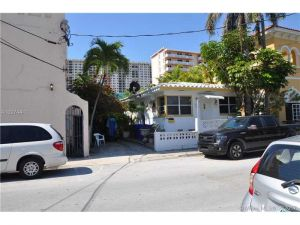 328 Monroe St. Hollywood, Florida - Hometaurus