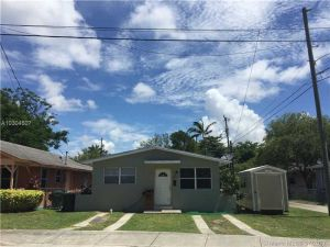 6053 SW 63rd Ter. South Miami, Florida - Hometaurus