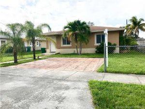 2225 NW 64th St. Miami, Florida - Hometaurus