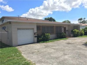 515 NE 135th St. North Miami, Florida - Hometaurus