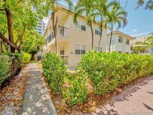 1610 Bay Rd. Miami Beach, Florida - Hometaurus