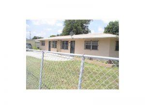 9890 NW 21st Ave. Miami, Florida - Hometaurus