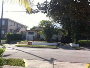 630 SW 7 Av. Miami, Florida - Hometaurus