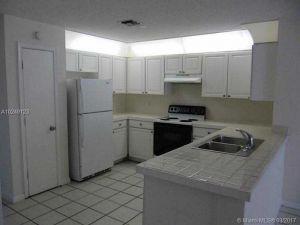 2513 NW 82nd Ter. Coral Springs, Florida - Hometaurus