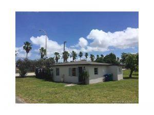 11400 NW 22nd Ave. Miami, Florida - Hometaurus