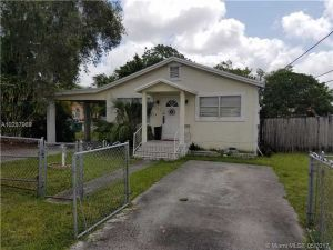 901 SW 79th Ave. Miami, Florida - Hometaurus