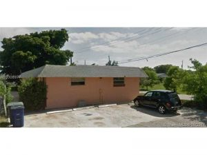 901 SW 9th. Hallandale, Florida - Hometaurus