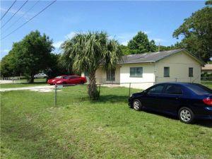 4100 Oleander Avenue. Fort Pierce, Florida - Hometaurus