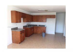 1053032 SW 183 St. Miami, Florida - Hometaurus