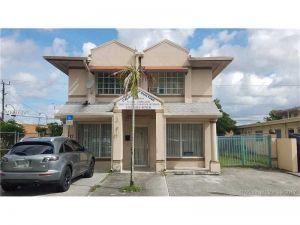 17 E 8 St. Hialeah, Florida - Hometaurus