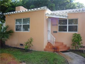 1105 S 19th Ave. Hollywood, Florida - Hometaurus
