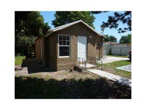 133 NW 69th St. Miami, Florida - Hometaurus