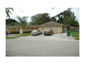 11980 SW 217th St. Miami, Florida - Hometaurus