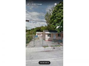 785 NW 30th St. Miami, Florida - Hometaurus