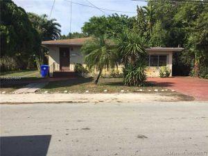 3861 SW 29th St. Miami, Florida - Hometaurus