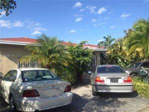3889 NW 2nd St. Miami, Florida - Hometaurus