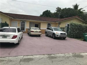 501 NW 97th St. Miami, Florida - Hometaurus