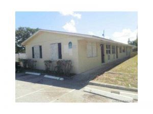 1015 N F St. Lakeworth, Florida - Hometaurus
