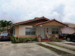 2944 SW 36th Ct. Miami, Florida - Hometaurus
