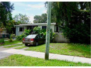 3250 NW 9th St. Miami, Florida - Hometaurus