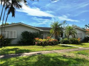 730734 Benevento Ave. Coral Gables, Florida - Hometaurus