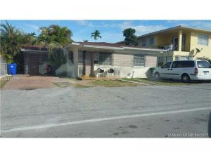 911 NW 24th Ct. Miami, Florida - Hometaurus