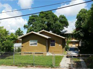 21 NE 53rd St. Miami, Florida - Hometaurus