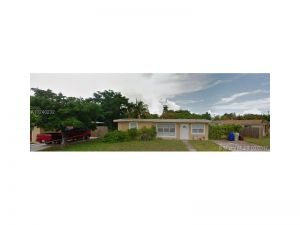 4341 NE 18 Ave.. Pompano Beach, Florida - Hometaurus