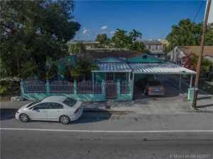 1051 SW 6th St. Miami, Florida - Hometaurus