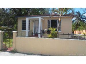 10381040 NW 34th St. Miami, Florida - Hometaurus