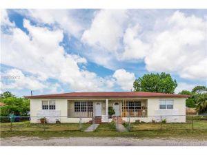 10850 NE 12 Ave. Miami, Florida - Hometaurus