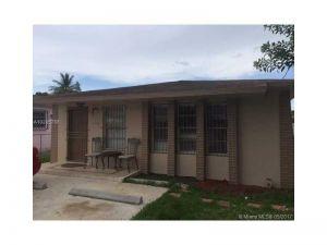2368 NW 34th St. Miami, Florida - Hometaurus