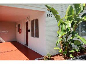 622 NE 6th St. Hallandale, Florida - Hometaurus