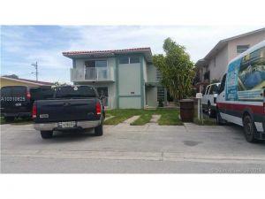 466 E 31st St. Hialeah, Florida - Hometaurus
