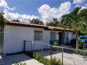 2500 SW 89th Ave. Miami, Florida