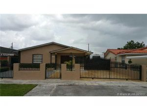11921 SW 3rd St. Miami, Florida - Hometaurus