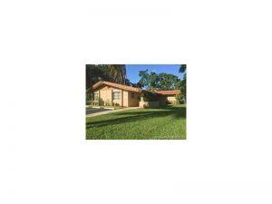 8010 NW 37th Dr. Coral Springs, Florida - Hometaurus