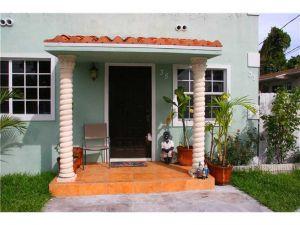31 NW 41st St. Miami, Florida - Hometaurus