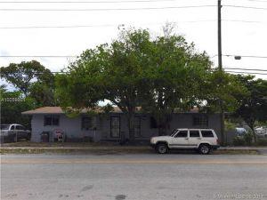 7011 NW 10th Ave. Miami, Florida - Hometaurus